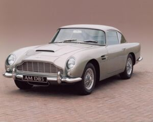 Luxurious Classics - The Aston Martin DB5 4