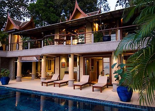 Phuket Villa, Luxury Beach Villa Overlooking Surin Beach 7