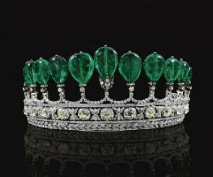 World record price at auction for a tiara and a world record price for a piece of emerald jewellery