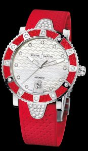 A luxurious look at the Ulysse Nardin Lady Diver watch - magnificent colors embracing your wrist.