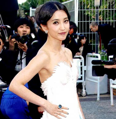 Li Bing-Bing wearing Piaget on the Cannes red carpet 5