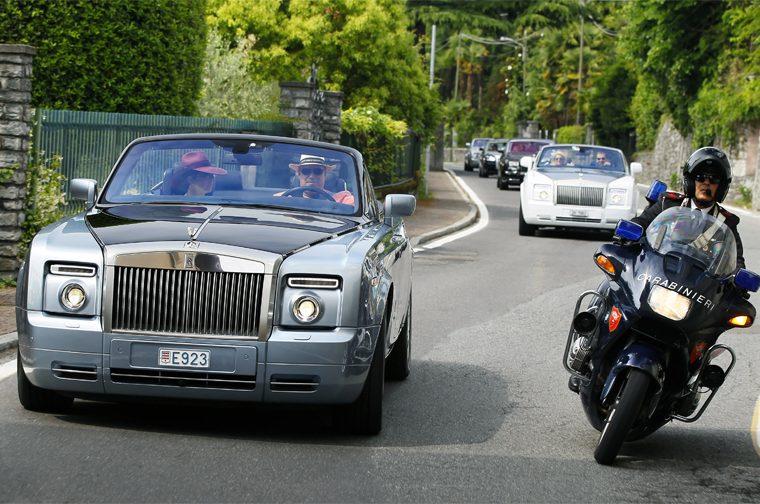 12 Rolls Royce cars get Italian motorcycle police escort in Lake Como
