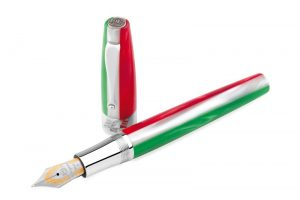 Montegrappa new 150th Anniversary Italian Flag pen based on Montegrappa's iconic Extra 1930