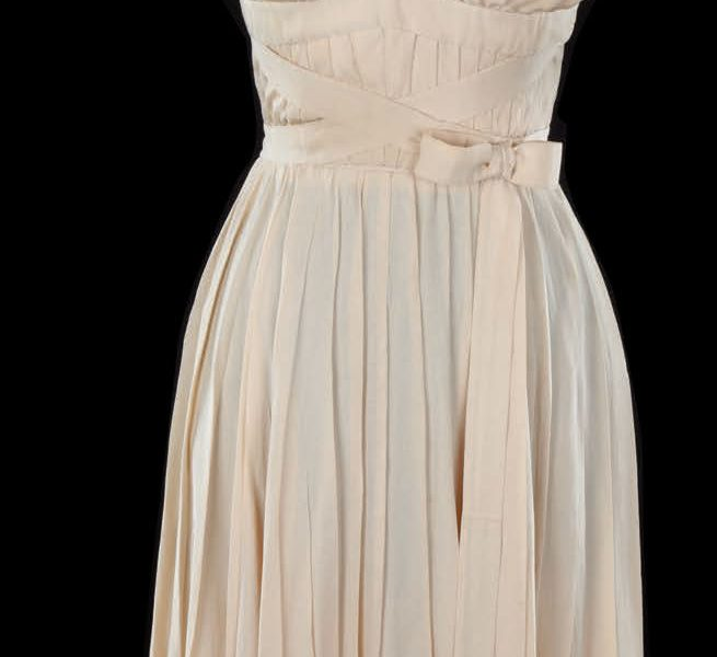 Marilyn Monroe ivory white subway dress from Seven Year Itch