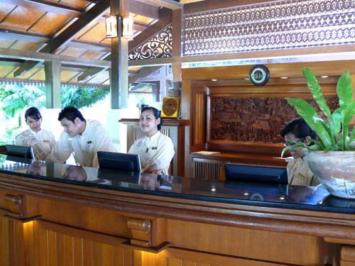 The friendly and helpful reception at Tanjong Jara Resort