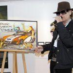 Rockstar Udo Lindenberg unveils Porsche GT3 painting for his charity 4