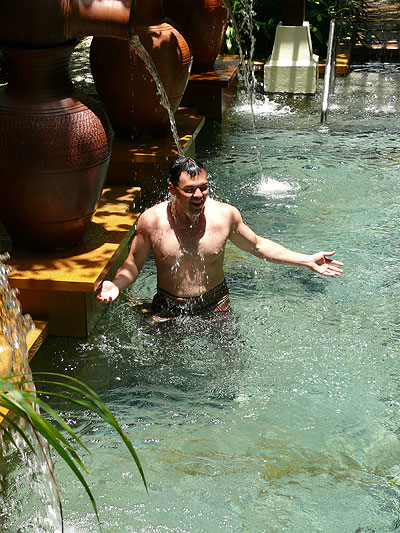 Honeymooner Daniel Low tries out the Cold Pool at the Spa Village