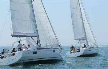 If there was a motto for the Oceanis 41, it could be: Even more good living to share!
