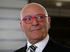 ll Signore delle Penne (The Lord of the Pens) is the title of the biography of Gianfranco Aquila 3