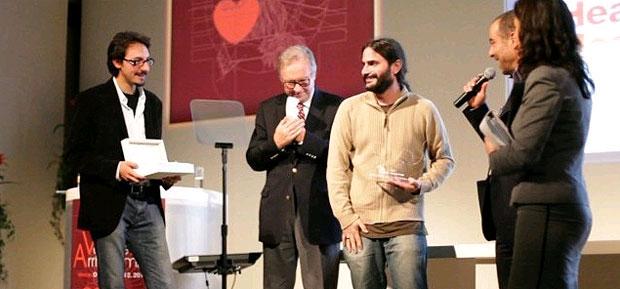 Montegrappa awards Cristian Benaglio, winner of the Jury's Prize for the film, Come si dice