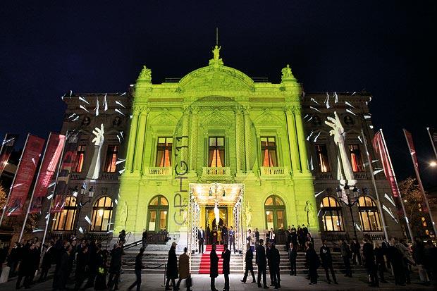 The Audemars Piguet Millenary 4101 watch - Winner of the Grand Prix d' Horlogerie 2011
