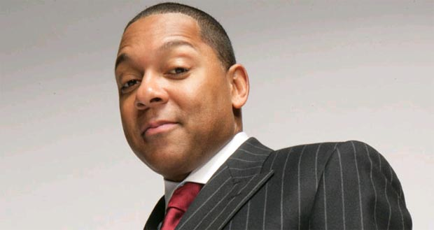 Burj Al Arab Hosts jazz legend Wynton Marsalis for 40th UAE National Day celebration