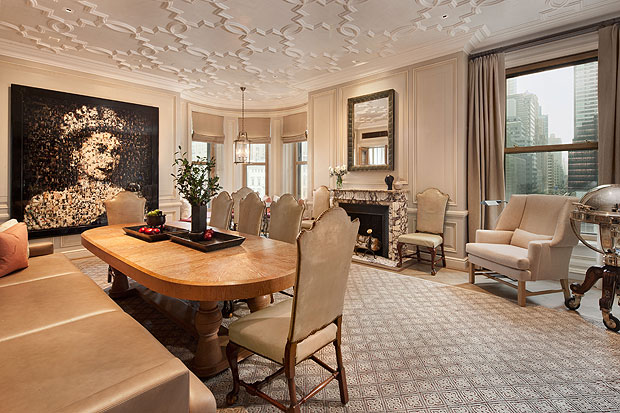 Astor suite at the plaza hotel is new york citys most for Most expensive hotel in nyc