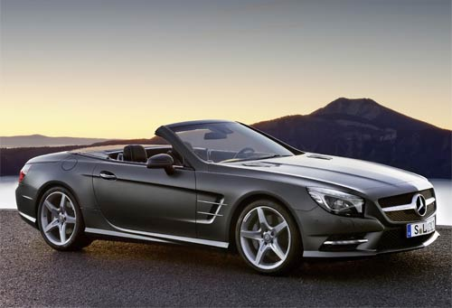 The Design of the New Mercedes-Benz SL : classic SL proportions