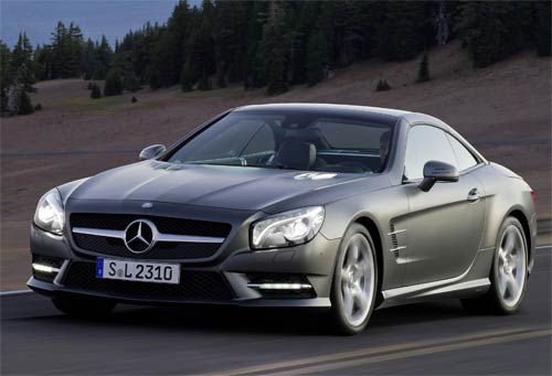 Compared with its successful predecessor, the new Mercedes-Benz SL offers considerably more comfort and sportiness