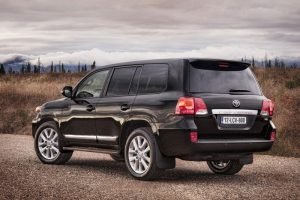 Exterior design of the 2012 Land Cruiser V8