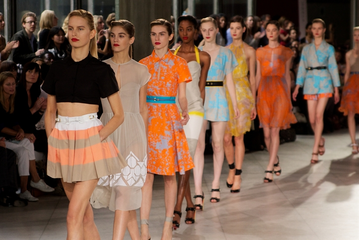 Jonathan Saunders Is The The Winner Of This Year S Bfc Vogue Designer Fashion Fund