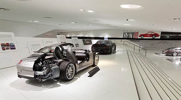 The Porsche Museum offers one hour themed guided tours through the special exhibition