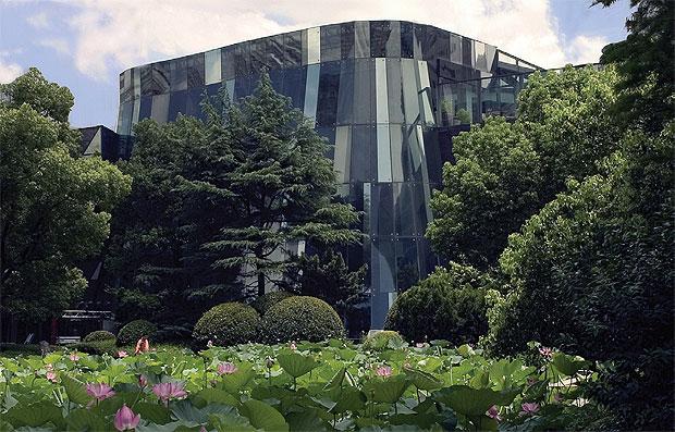 """MOCA Shanghai, will be hosting """"Van Cleef & Arpels, Timeless Beauty"""""""
