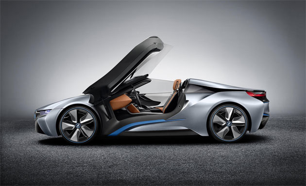 The stunning looking BMW i8 Concept Spyder - A vision of the Future. 13