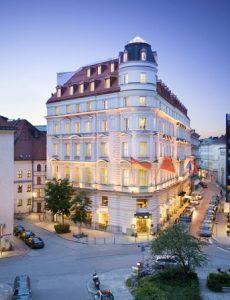 Spend A Fairytale Weekend In Munich With Mandarin Oriental And Visit Beautiful Neuschwanstein Castle