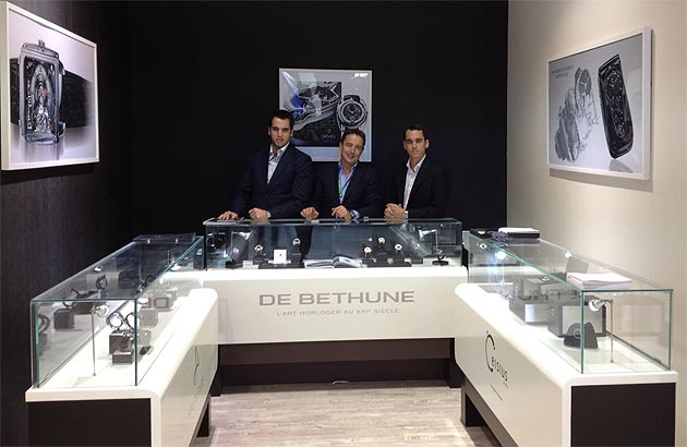 HAUTLENCE, De Bethune and Celsius X VI II team up to conquer China.