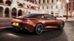 Luxurious Magazine takes a look at the performance of the Aston Martin Vanquish.