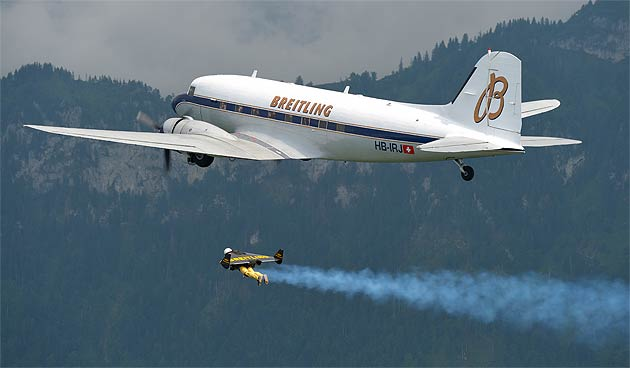 Jetman Yves Rossy delights Breitling guests on a special Douglas DC-3 Flight.
