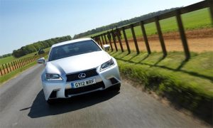 Lexus receives an innovation award for its new air conditioning system with Nanoe technology.