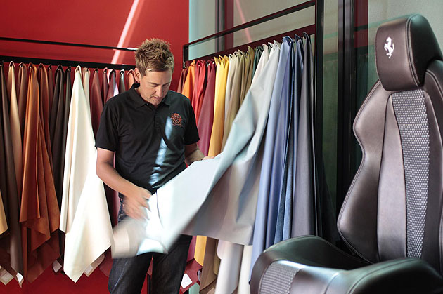 Top European Golfer Ian Poulter pays a visit the the Ferrari Maranello Plant.