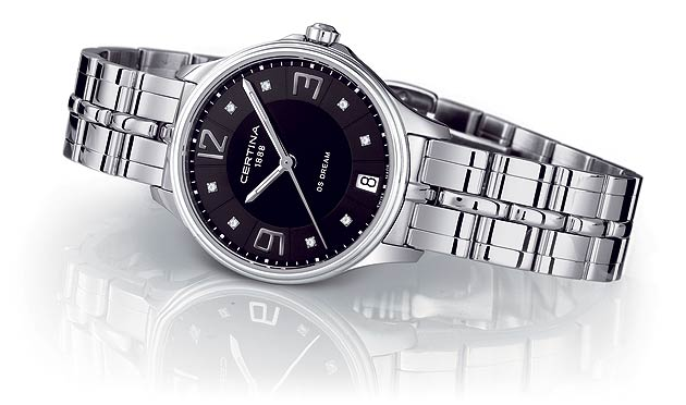 The Certina DS Dream is equipped with a 'DS'-monogrammed crown to remind wearers of its great reliability, with a guaranteed water resistance up to a pressure of 10 bar (100 m). Its three-row fully polished stainless steel bracelet is beautifully crafted to look like a five-row design, and is fastened by a butterfly clasp with twin push-buttons, to ensure that the DS Dream remains with you at all times.