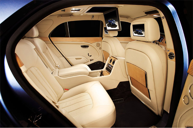 First showcased as a concept at the 2011 Frankfurt Show, the Mulsanne Executive Interior is today being presented for the first time in Russia at the MIAS. The car is offered in two Specifications, Theatre and iPad (the latter displayed at Moscow), for state‑of‑the‑art multimedia connectivity on the move.
