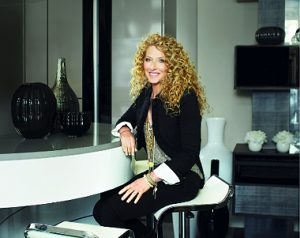 The Smallbone of Devizes Knightsbridge showroom unveils the new Smallbone Kelly Hoppen Collection, in the first collaboration in a long-term relationship with award-winning British designer Kelly Hoppen MBE. The first collection is a stunning contemporary kitchen designed for the iconic British luxury furniture maker Smallbone of Devizes, by the world-renowned designer.
