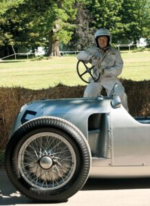 The drivers of the rare Silver Arrow models are also a big draw: Nick Mason, drummer of Pink Floyd fame, is driving for Audi Tradition for the sixth time. Mason played only recently during the magnificent closing ceremony of the Olympics in London, and is one of the most engaging personalities on the international classic car scene.