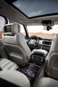 The luxurious interior has a modern and pure character, incorporating distinctive Range Rover design cues, but with a fresh and very contemporary treatment.  The cabin retains the characteristic strong, architectural forms, and these are emphasised by extremely clean and elegant surfaces which are flawlessly executed using the finest leathers and veneers.