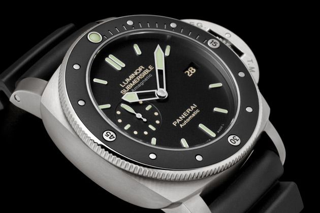 The creative energy of Officine Panerai's Workshop of Ideas is demonstrated in the Luminor Submersible 1950 Amagnetic 3 Days Automatic Titanio, the new model which is a novel synthesis of the strict respect for traditional values and authenticity of the Panerai brand, and the continuous search for technically advanced solutions.