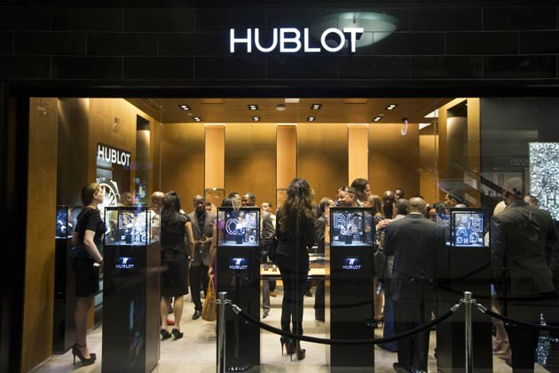 In celebration of the grand opening of their new Atlanta boutique, Swiss luxury watchmaker, Hublot, this week invited watch connoisseurs and VIP's to Atlanta's prestigious Phipps Plaza for an intimate preview of the new boutique and collections on display.
