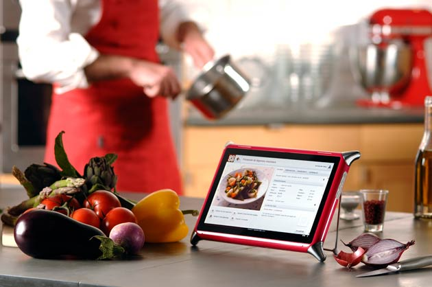 "French Company UNOWHY launches QOOQ, the first 10"" computer tablet specifically for use in the kitchen."