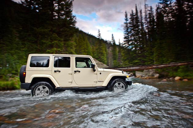 The Jeep Wrangler continues to win acclaim, this time scooping 4x4 of the Year, Hardcore class.