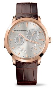 Set within a classical 42 mm diametercase, the Girard-Perregaux 1966 contains three illustrious watchmaking complications. These are displayed on the dial in perfect harmony, orchestrated by a mechanical caliber with over 400 component parts.