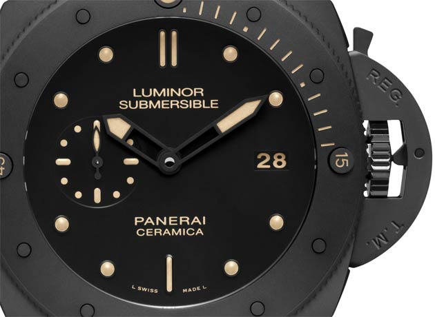 The absolute darkness which rules in the depths of the sea is reflected in the appearance of the Luminor Submersible 1950 3 Days Automatic Ceramica, the new Officine Panerai Special Edition.