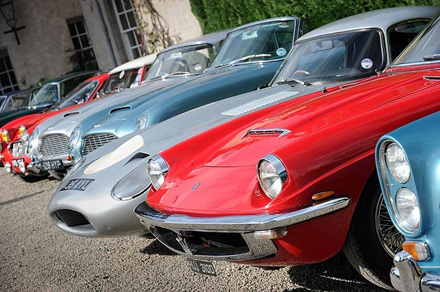 The Cognoscenti pairs Luxurious Classic Cars and the beauty of Scotland