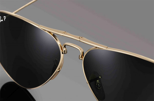 30db9d9cbed09 Limited Edition Ray-Ban Aviators Folding Ultra in 22-carat gold ...