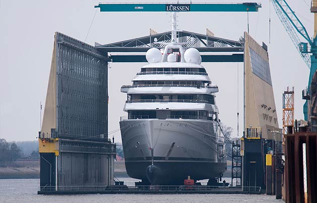 """Azzam"" Launches In Germany To Become World's Largest Superyacht."