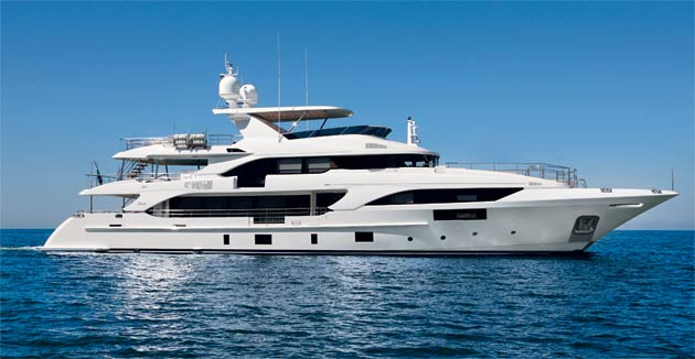 Today Benetti utilizes these materials, alone or combined, to design and build full-custom displacement and semi-displacement motor yachts in a broad variety of lengths from 93 feet to 90+ meters.