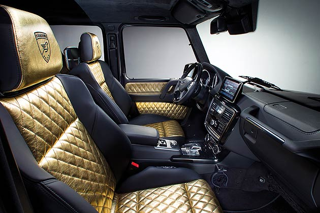 The interior has equally been morphed into something new. The perfect decorative stitching on the instrument panel and the seats is the work of a master craftsman; it provides a visual focus and completes an outstanding overall impression of the leather interior.