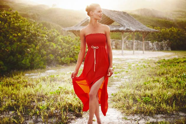 Heidi Klein offers a diverse range of stylish yet practical swimwear, clothing and accessories. From bikinis and one pieces to sunhats, flip flops and kaftans you will find everything you need to pack for holidays in the sun, all year round.