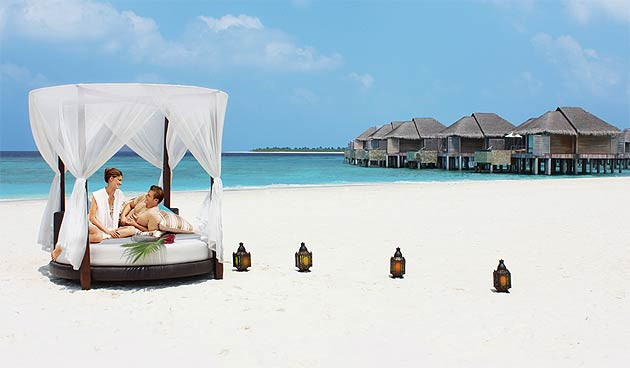 Escape To A Paradise Island In The Maldives On Of Govvafushi At Beach