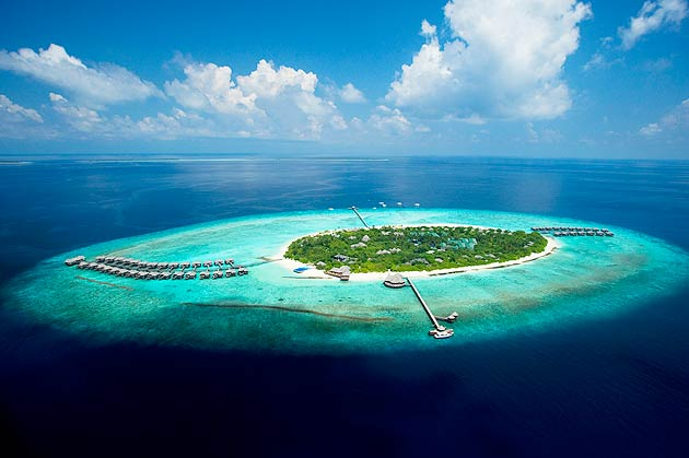 Govvafushi is around 1 squared hectare in size