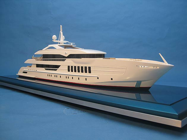 Bespoke Impact Unveil The Ultimate Luxury Bath Toy - A Super Yacht for Kids!